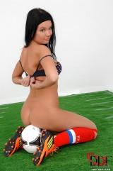 Soccer chick - Chudina European Babes 1By-Day.com